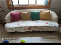 家用二手沙发三个(3+2+2),茶几,电视柜,空调各一个,都可正常使用,地址是邹平范公酒厂宿舍区西区...