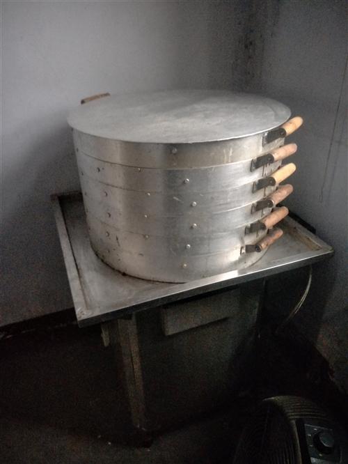 米皮蒸笼,粉米机一套,闲置如有需要便宜出售价格面仪。