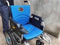 送老人的电动轮椅,家里亲戚多买了一个,**品牌九圆旗舰店买的,买的是最适合腿脚不方便的老人用的,东西...