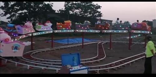 儿童玩具太空穿梭,占地面积8*16米,有需要的电话联系,可实地验货,价格面议!
