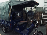 闲置台铃三轮车,新车只开了45天,两组电池。有意者请联系李先生。