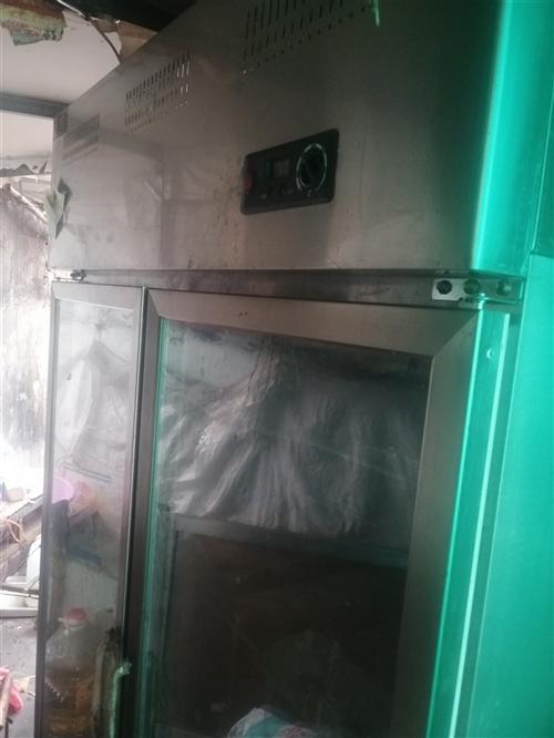 双开门立式钢化玻璃冷鲜柜,8成新,低价出售