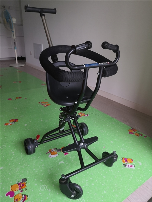 兒童手推車,可折疊可伸縮,**沒用過,閑置在家(都市華庭)。