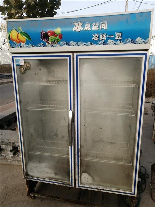 冷藏柜很大,用不著了,合適就賣