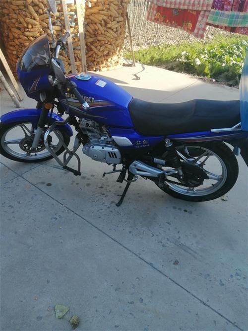 卖一辆钻豹HJ125k-A,成色很新,有车没怎么骑,只是夏天的时候偶尔骑骑。发动机**时期,无异响,...