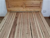 9成新木床,质量好,需要的联系我。