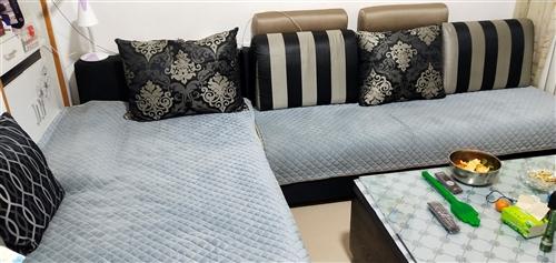 沙发很好自己用的很结实!简单!长3.0米