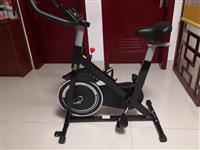 9成新磁控智能动感单车家用室内健身车健身房器材减肥超静音运动自行车