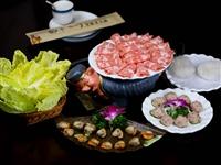吃货节|29.9元抢购博兴十七门火锅原价103元套餐,精品肥牛卷、扇贝、自助水果等等,让你吃到嗨!