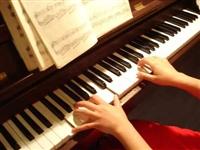 12.8元任选学习1个月钢琴、吉他、架子鼓