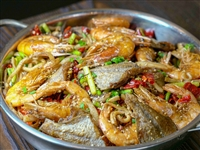 48元抢购原价98元一锅辣,半斤大虾、半斤鱿鱼、半斤耗儿鱼,麻辣鲜香,爽过瘾!