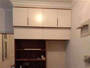 20年装修经验,专业做新房柜子家具
