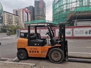 龙川叉车出租多少钱,勤发叉车低价为你服务