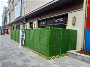 市政圍擋、工地圍擋、鋪面圍擋出租銷售,負責安裝拆除