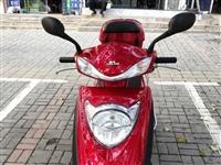 一年的九成新嘉陵摩托车转让,原价4500买的升级改进版,原车真空轮胎,骑的很少,购车手续齐全,有意联...