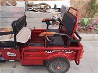 本人在酒泉市有老年代步车一辆出售,9成新,手续齐全,现欲2500元左右出售,有意购买者电话联系136...