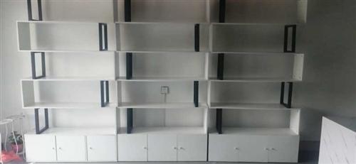 200元一组  有三组 可做书架,展示柜