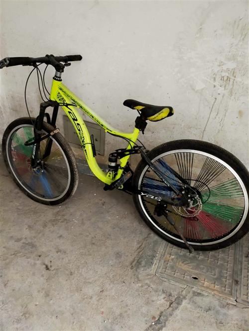 学生二手自行车出售,九成新,一口价300,自提