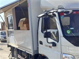 2016年7月上户准新特种餐车,手续其全,4米2