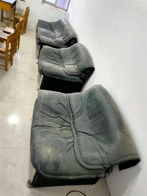 真皮旧沙发三个100元,冀州老城区