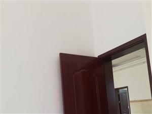 承接内外墙刮白,喷漆,喷真石漆