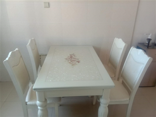 自家用的餐桌
