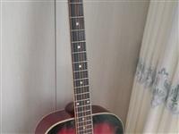 二手吉他,买来的时候一千多,重量够,实木的,质量有保障,音已经调过,五成新,急需用钱,需要打电话询问...