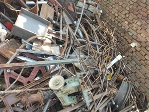 回收废铁废钢 旧车