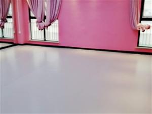 商丘室內PVC籃球場施工,舞蹈地膠鋪裝自流平找平