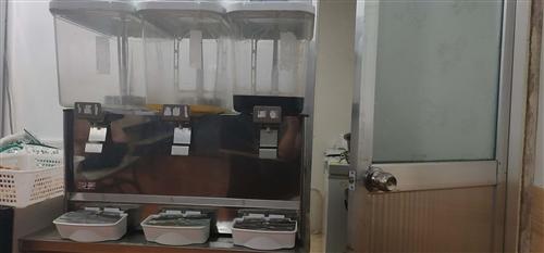 三缸果汁机九成新,便宜出售