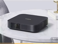 新一代投影仪,4月份京东买的,没怎么用转手2300,联系微信18805950955