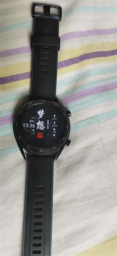 華為watch-GT-27E,運動黑。九成新,包裝,充電器都在。戴了一個半月。