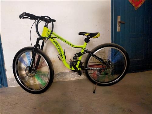 九成新自行车一辆