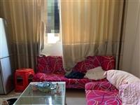 新买的沙发,现在要搬家低价出售,两张沙发加桌子一起600块钱!需要的私聊!