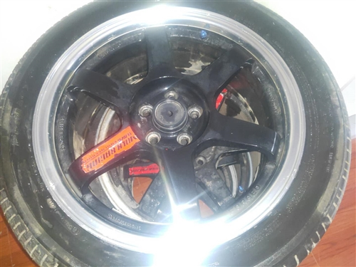 出售高爾夫鍛造輪轂 一套 4條米其林輪胎 型號245/45/17
