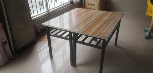餐桌长1.20、宽0.55共28张,九成新