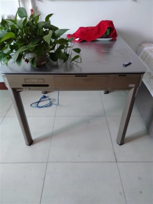 新款餐桌两用麻将机,买了两个月,自家用了两三次,欲售,非诚勿扰