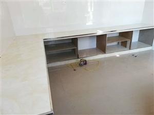 專業鋪地板磚扣櫥柜
