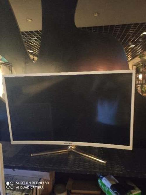 网吧升级处理一批二手电脑 显示器,键盘鼠标耳机,电脑桌沙发 微信15229590415  ...