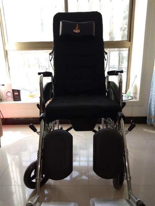 钢结构折叠式实心轮轮椅配备餐桌板和大小便盒用于休息平躺180度临时可做救急车,请用户看钢材质量和做工...