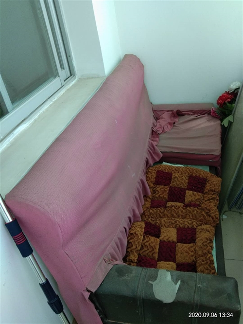 旧沙发稍微洗下可用