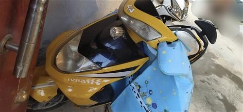 绿佳电动车超耐骑