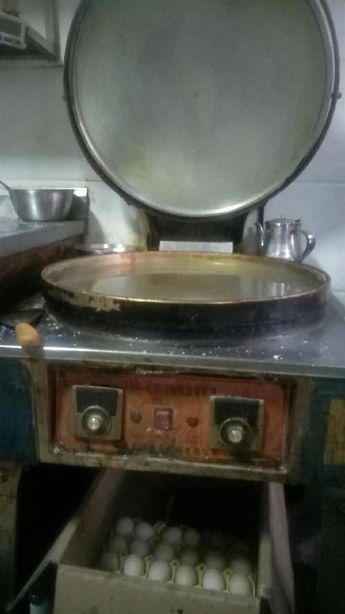 本店有商业电饼铛,广式肠粉机转让,包教技术。有用的上的朋友可以电话直接联系180796502...