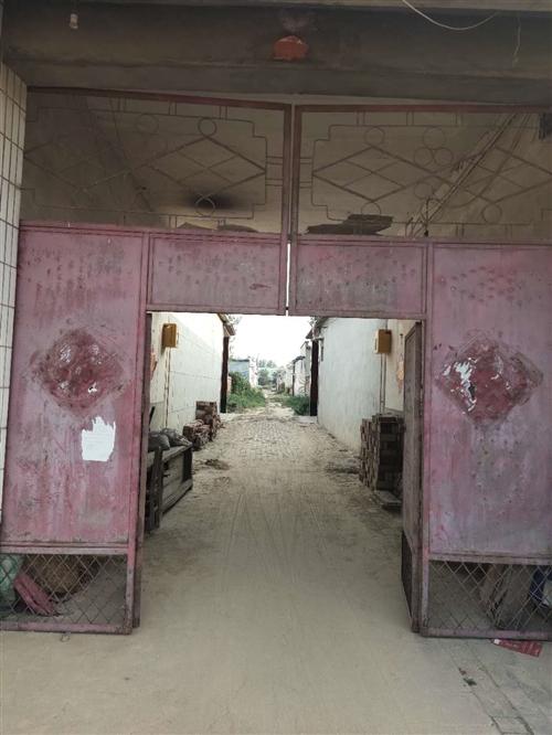 铁大门用不着了,高3.4米,宽3.7米,有用上的价格随意