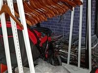 处理各种服装架子,衣服架,靠墙架子18233251215
