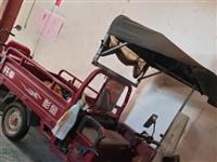 金彭燃油三轮车八成新现低价处理,有需要的请来电面谈。电话18175768832,或微信sxs3366...