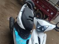 踏板摩托车,手续齐全,合适价格可商量