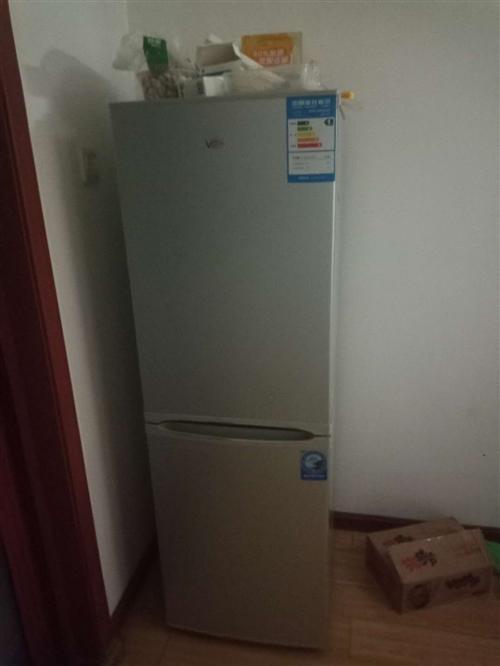 九成新,由于搬家,换大冰箱了。这个太小了,就转给需要的亲,138升