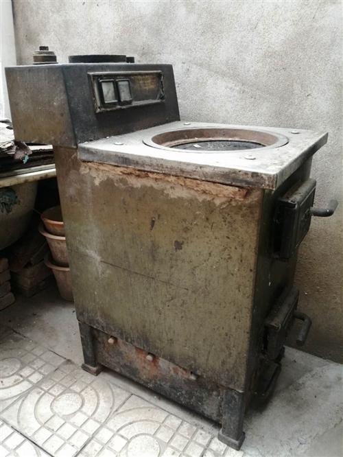 本人有一台老万牌无烟煤暖气锅炉,现在予以低价出售,有需要者联系我,非诚勿扰。