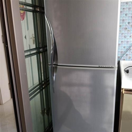 本人有8成新新飛冰箱一臺,現出售,酒泉市內自提。